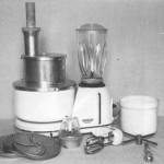 20 Eine Küchenmaschine aus den 50er Jahren