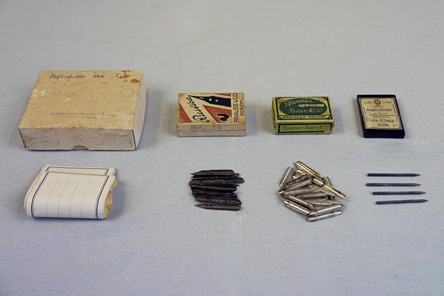 Etiketten, Federkiele und Graphiteinlagen, 1950- 1970