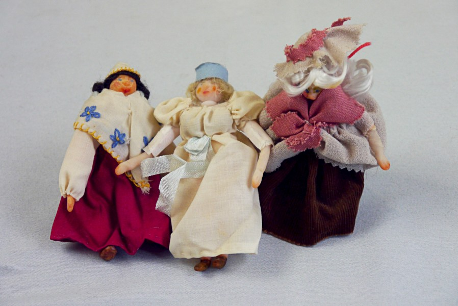 Drei Puppen, ca. 1880