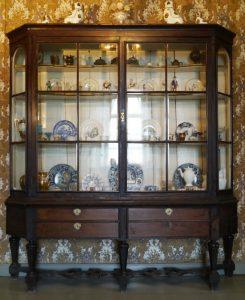 Biedermeier-Buddelei, 1. Hälfte 19. Jahrhundert, Holz und Glas, Foto: Patrick Schröder