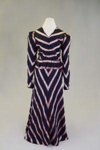 Abendkleid. Um 1930. Seide.
