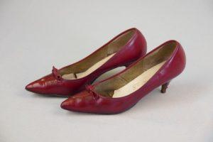 """Damenschuhe/""""Stilettos"""". 1950er Jahre. Leder."""