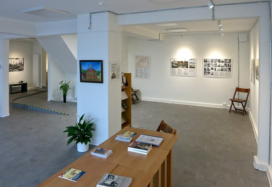 Blick in die Ausstellung im Gröschlerhaus
