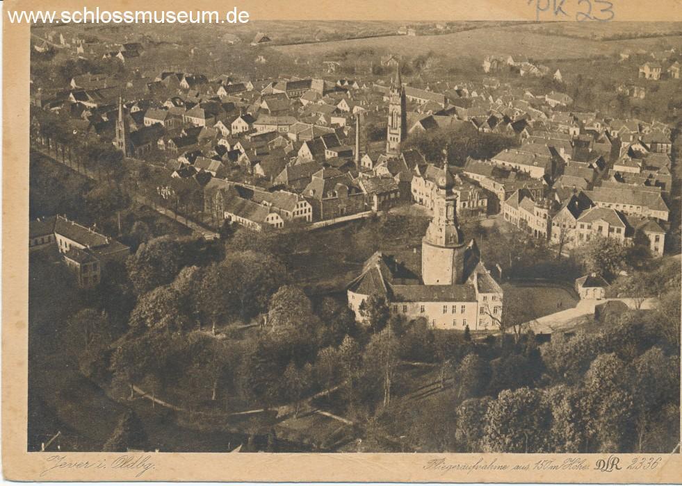 Eine von vielen Aufnahmen vom Schloss aus der Sammlung