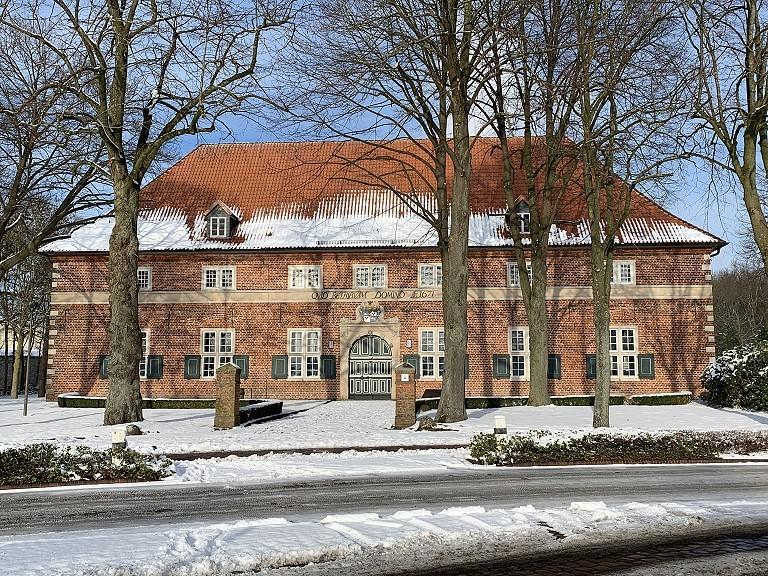 Das 1671 durch Graf Anton II. von Aldenburg errichtete Waisenhaus in Varel feiert 2021 sein 350jähriges Bestehen